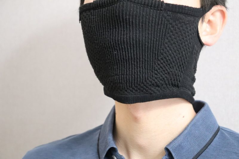 ナルーマスク F5s 使い心地③|首のうしろまで覆う形式なので耳が痛くなりづらい!