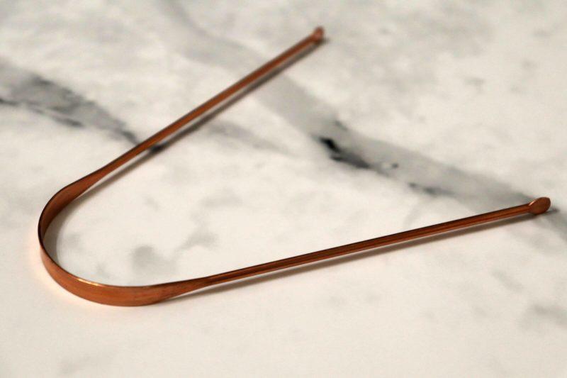 銅製タングスクレーパー|アーユルヴェーダの舌磨きで朝からデトックス