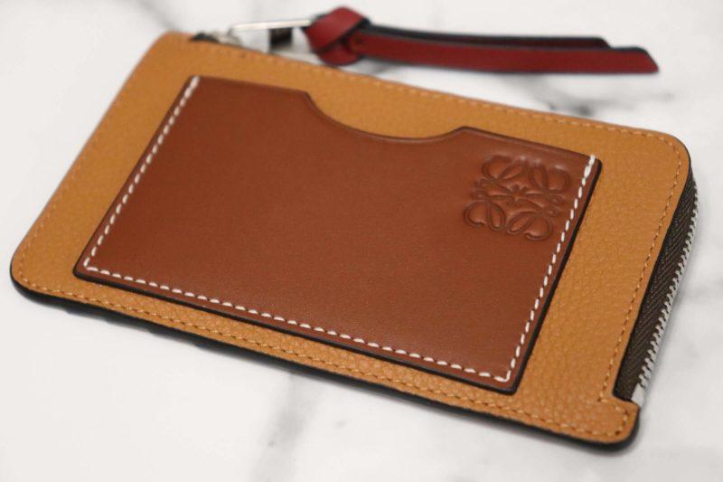 LOEWE コインカードホルダー|シンプルでオシャレなデザイン