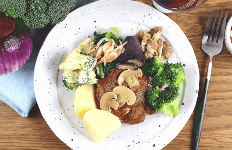 竹脇まりなさん noshのおすすめメニュー③|牛肉のデミグラスソース煮