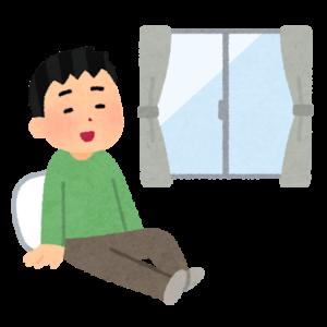 マコなり社長のナイトルーティン⑦ リラックスタイムはソファでお酒片手に動画視聴