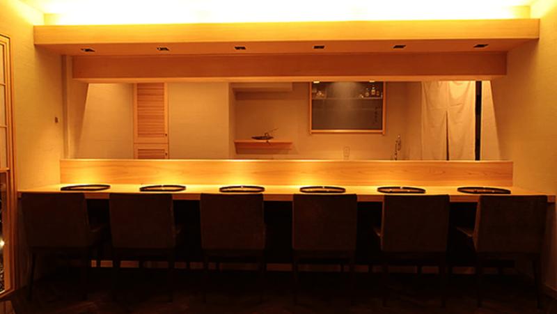 ミシュラン東京2021 銀座 一つ星|安達直人(日本料理)
