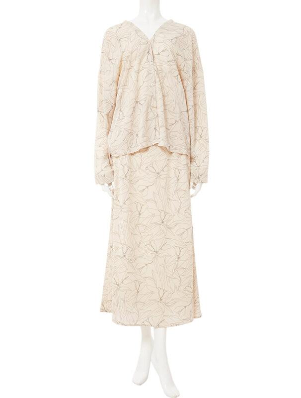 かわにしみきさん fifth春服 購入品⑨|バイカラーフラワースカートセットアップ ベージュ